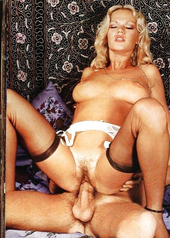 Brigitte Lahaie entièrement nu